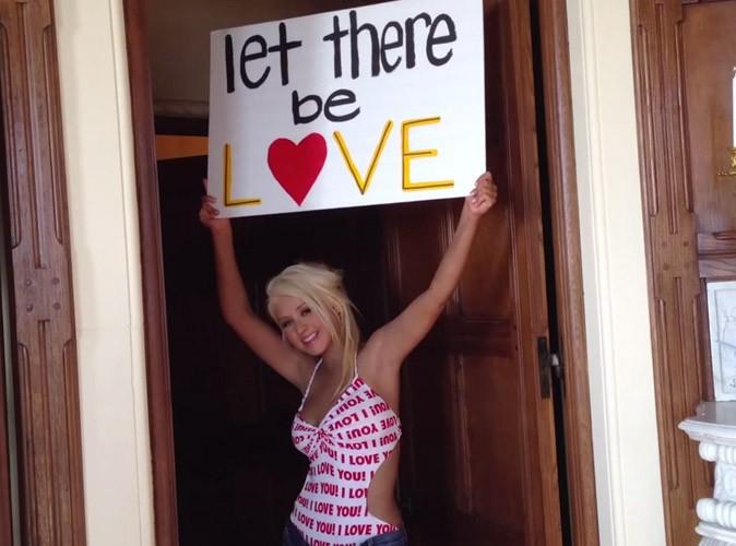 Christina Aguilera : découvrez son nouveau clip hommage à ses fans, Let There Be Love !