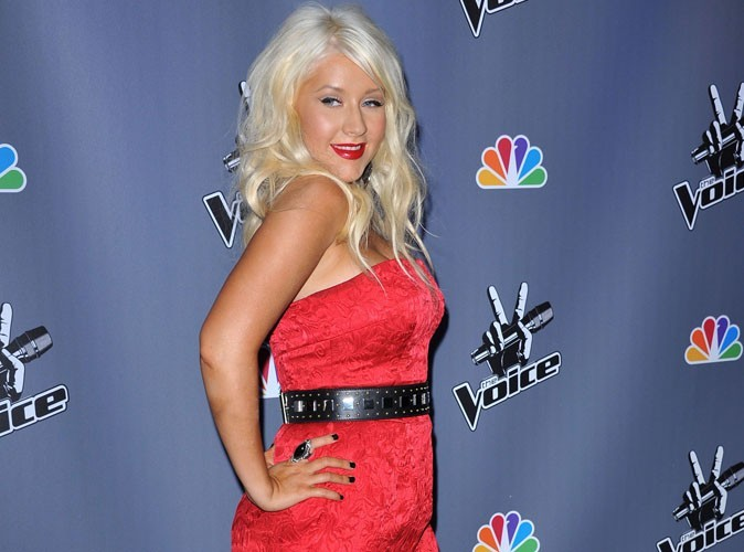 """Christina Aguilera : """"En 2011, quelle chanteuse a foiré les paroles de l'hymne américain ?"""""""