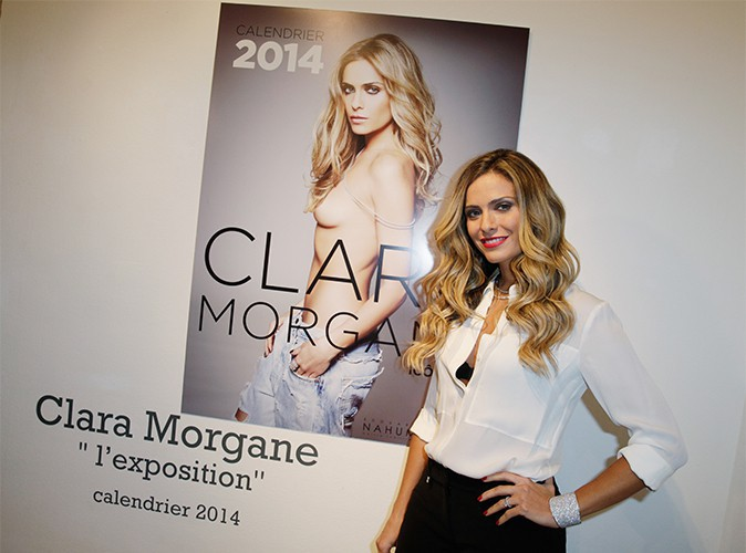 Clara Morgane : elle se dénude sur les vers d'Alfred de Musset !