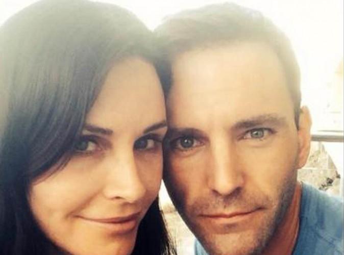 Courteney Cox : elle confirme ses fiançailles avec le beau Johnny McDaid !