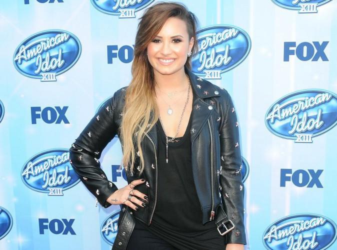 """Demi Lovato : jugée plus sexy qu'Emily Ratajkowski, ce qu'elle préfère, ce sont """"ses fesses"""" !"""
