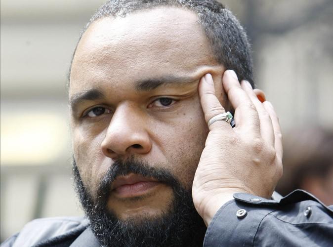 Dieudonné : interdit à Nantes par la préfecture, il est maintenant soupçonné de blanchiment d'argent !