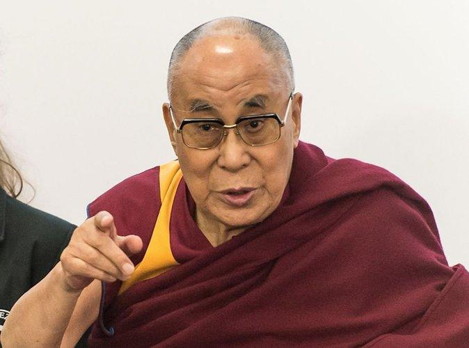 Divorce des Brangelina : le Dalaï-lama s'en mêle !