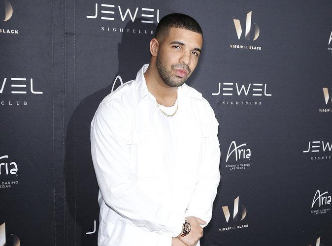 Drake : Le bus de sa tournée cambriolé !