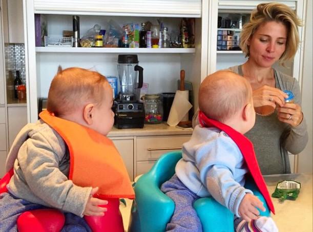 Elsa Pataky : ses jumeaux n'ont d'yeux que pour elle !