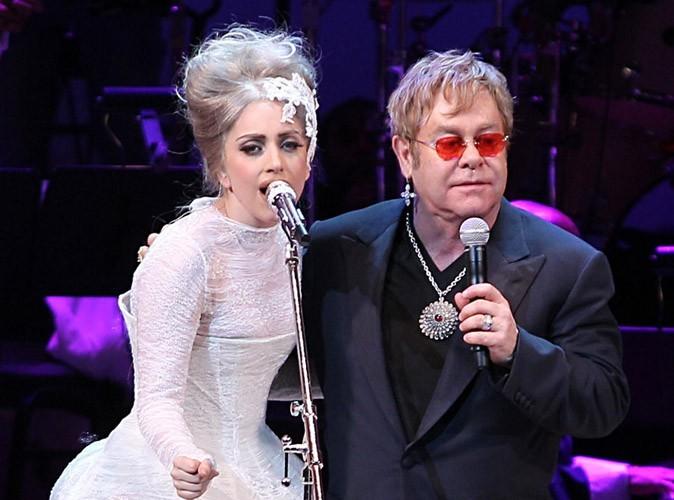 Elton John a finalement confirmé que Lady Gaga est bien la marraine de son fils !