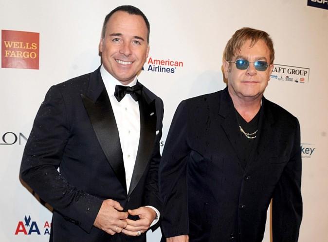 Elton John et David Furnish : découvrez le minois de leur petit Elijah Joseph Daniel Furnish-John !
