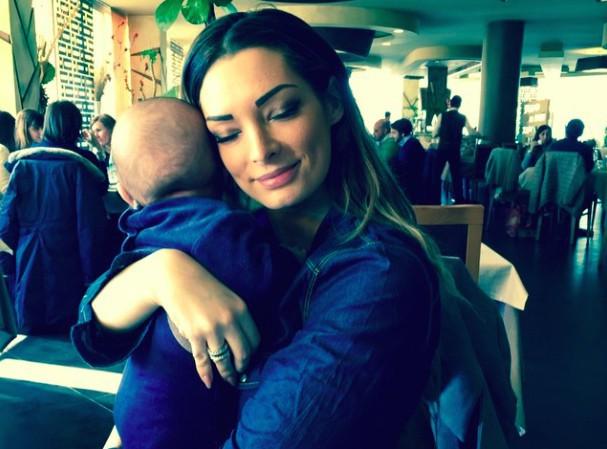 Émilie Nef Naf : son petit Menzo est à croquer !