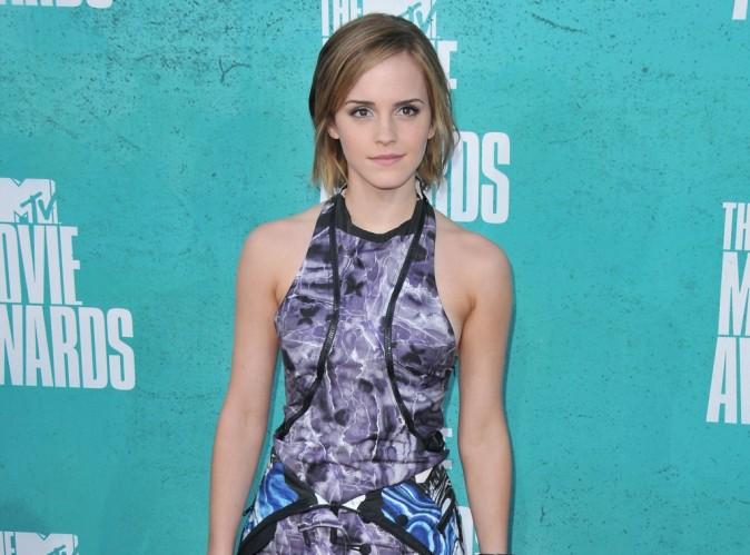 Emma Watson : elle reconnait regarder Harry Potter de temps en temps  !