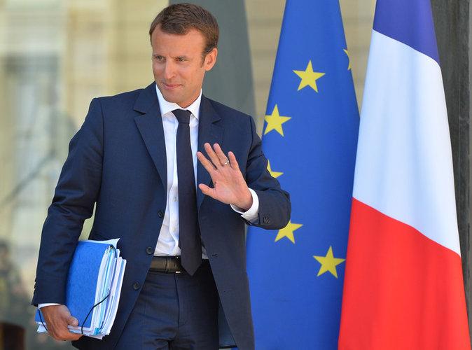 Emmanuel Macron : il abandonne son Ministère !