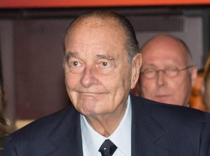En séjour à Agadir, Jacques Chirac offre l'apéro a deux touristes !