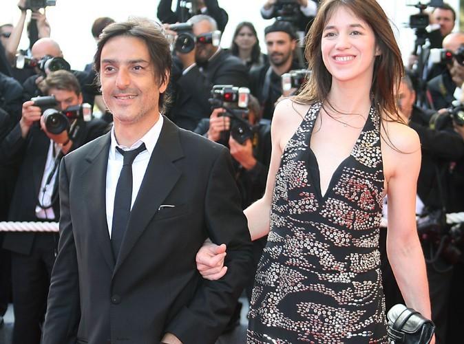 Exclu Public : Yvan Attal vient de demander officiellement Charlotte Gainsbourg en mariage !