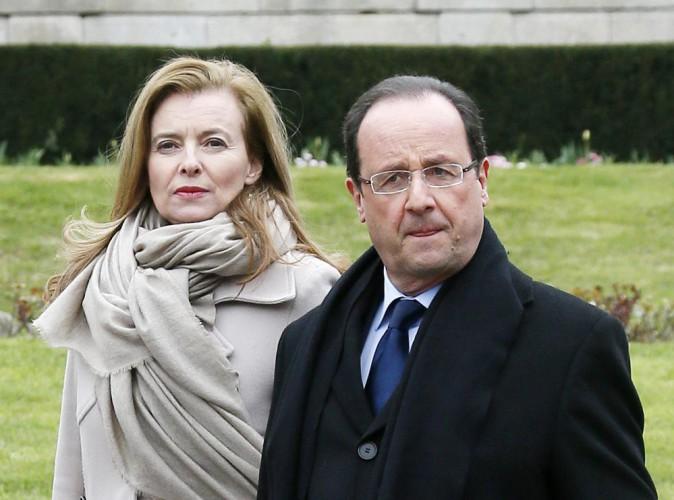"""François Hollande et Valérie Trierweiler : """"La Première dame est virée"""", comment la presse étrangère voit leur rupture !"""