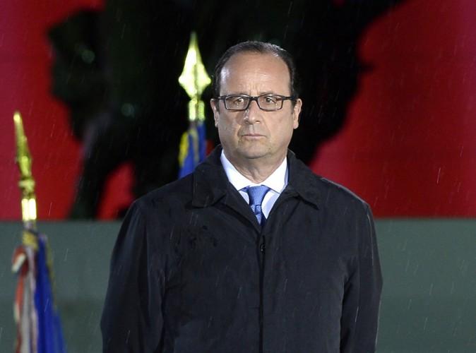 """François Hollande : ses proches accablent Valérie Trierweiler : """"Elle joue les femmes outragées alors qu'elle faisait son mari cocu avec lui"""" !"""
