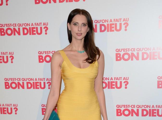 """Frédérique Bel : invitée dans un talk-show : """"Je n'ai pas mis de culotte"""" !"""