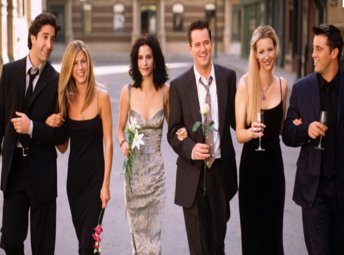 """Friends : le salaire des comédiens de la série jugé """"ridicule"""" par la productrice!"""