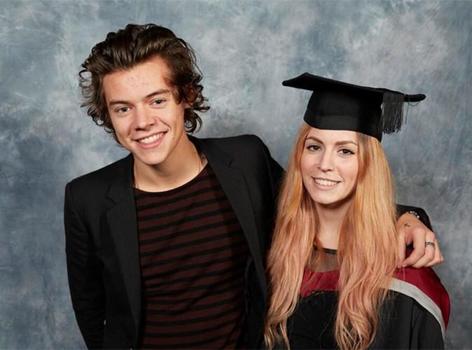 Harry Styles : petit frère fier de Gemma, sa soeur fraichement diplômée !