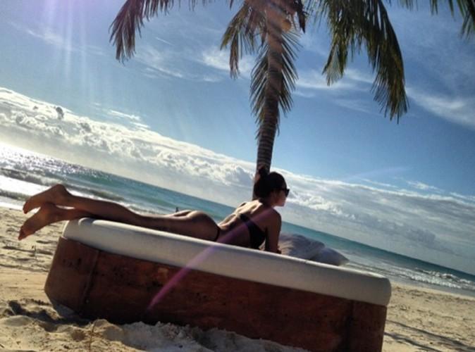 Irina Shayk : loin de son Cristiano, elle s'affiche ultra-sexy en bikini !