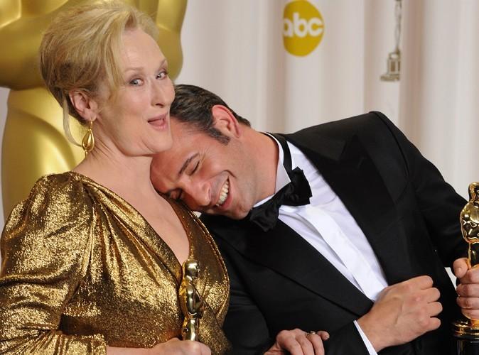 Jean Dujardin : il ne se prend pas au sérieux et fait dodo sur Meryl Streep !