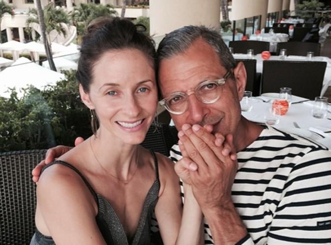 Jeff Goldblum : il s'est fiancé à sa chérie de 30 ans sa cadette, Emilie Livingston !