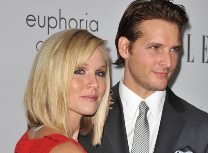 Jennie Garth : c'est Peter Facinelli qui a demandé le divorce et non elle...