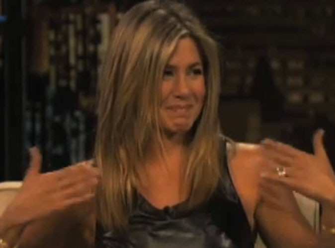 Jennifer Aniston : émue en parlant de Justin Theroux, elle pleure à la télé !
