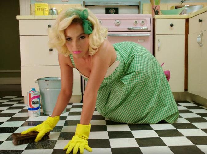"""Jennifer Lopez : la bomba latina torride pour son clip """"Ain't Your Mama"""" !"""