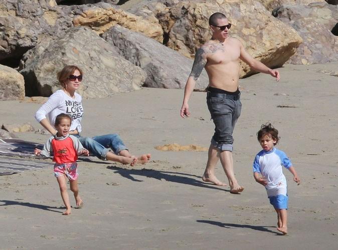 """Jennifer Lopez n'a """"aucun contrôle sur ses jumeaux"""" !"""