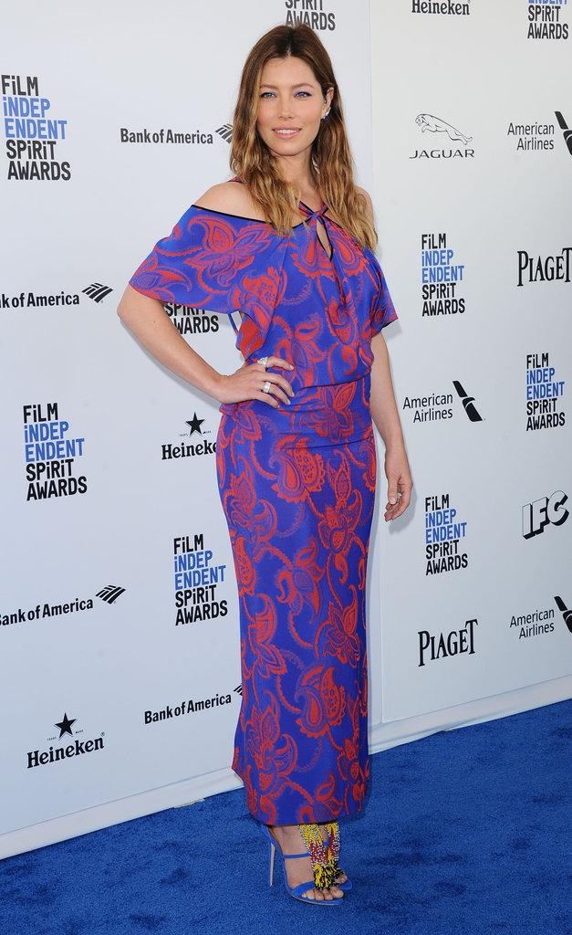 """Jessica Biel se moque des rumeurs de grossesse : """"apparemment j'ai du bide"""" !"""