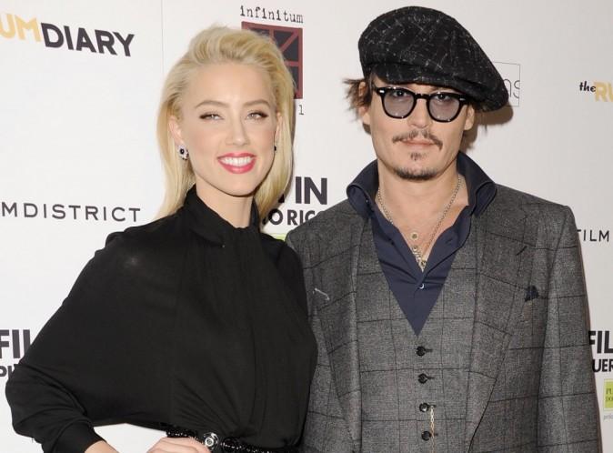 Johnny Depp et Amber Heard : c'est officiel ils sont en couple... La preuve en images !
