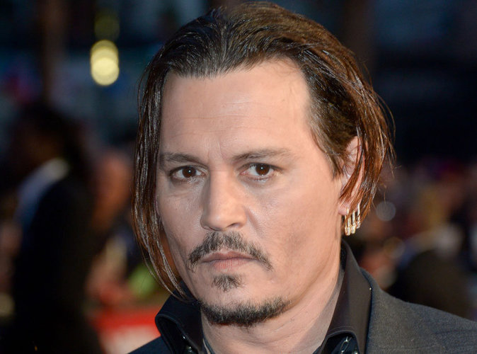 Johnny Depp se confie sur Lily-Rose et Vanessa Paradis !