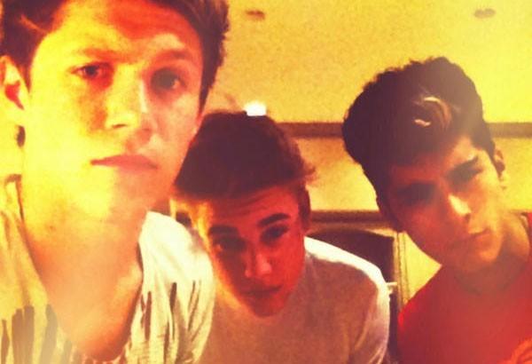 Justin Bieber : après les MTV VMA's, il traîne avec les One Direction !