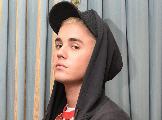 Justin Bieber paparazzé nu : ses avocats menacent d'attaquer en justice !
