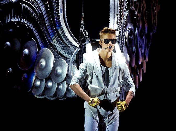 Justin Bieber : prêt à abandonner son petit singe coincé en Allemagne !