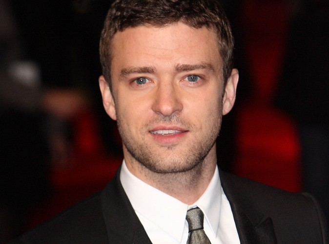 Justin Timberlake : au bal des Marines avec une inconnue, comme promis !