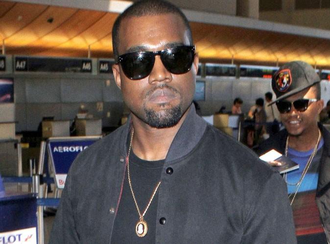 Kanye West : en concert en Norvège, il tombe bêtement sur scène !