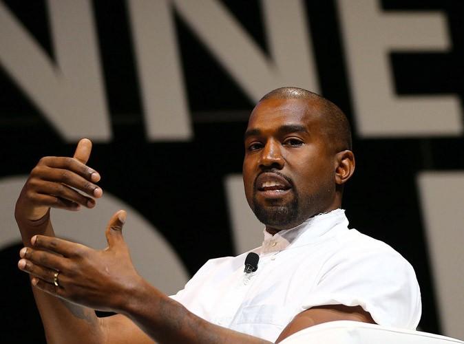 """Kanye West : """"J'ai choisi Kim Kardashian parce qu'elle fait tourner la tête à tout le monde"""" !"""