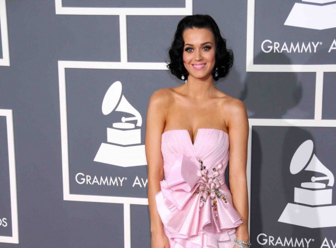 Katy Perry : elle est allée jusqu'à faire la même coupe que Kris Jenner !