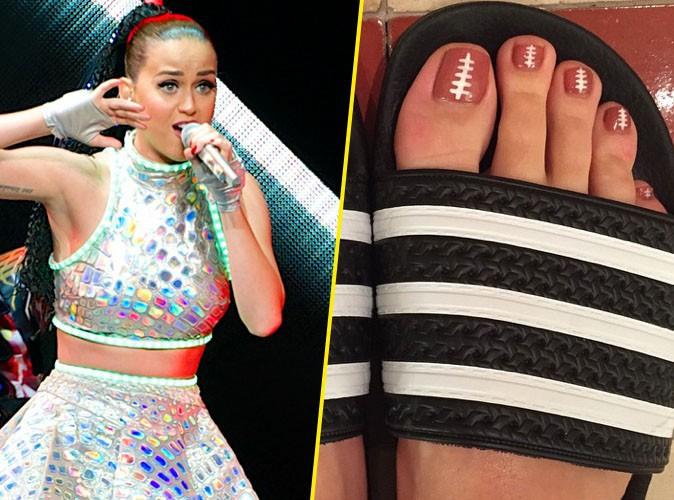 Katy Perry : pr�paration pour le Super Bowl jusqu'au bout des ongles... de pieds !