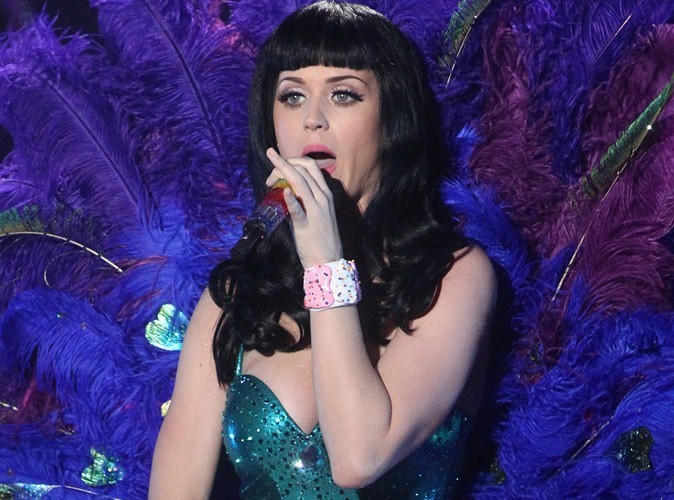 Katy Perry victime d'une intoxication alimentaire !