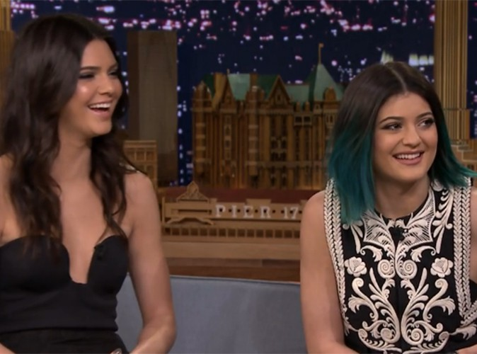 Kendall et Kylie Jenner : super à l'aise chez Jimmy Fallon, elles reviennent sur le mariage de Kimye !