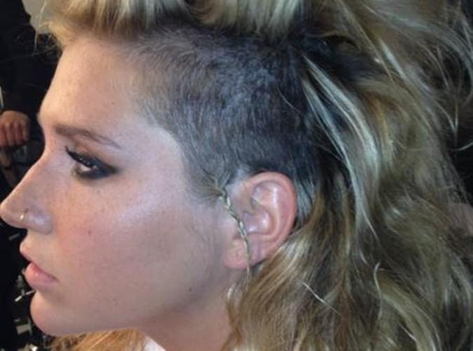 Kesha : elle s'est rasé la tête...vous aimez ?!