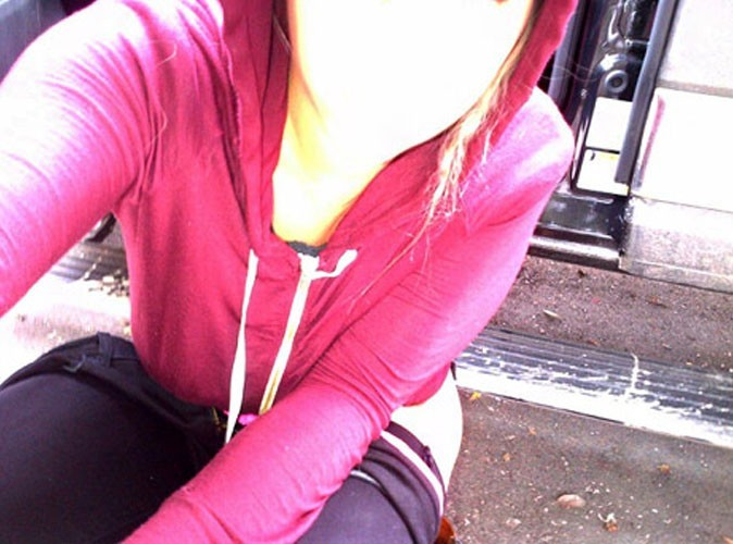 Kesha : la trash girl tweete une photo d'elle urinant dans la rue !