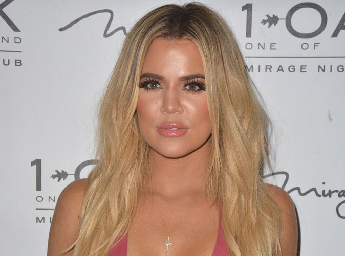 Khloe Kardashian : Elle met la pression et veut savoir qui est son père !