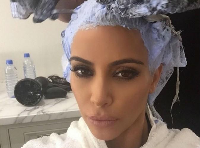 Kim Kardashian : bye bye le blond, elle a encore chang� de t�te !
