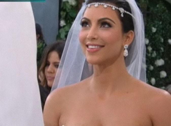 Kim Kardashian : découvrez-là en mariée éblouissante entourée de stars comme Eva Longoria et Avril Lavigne !