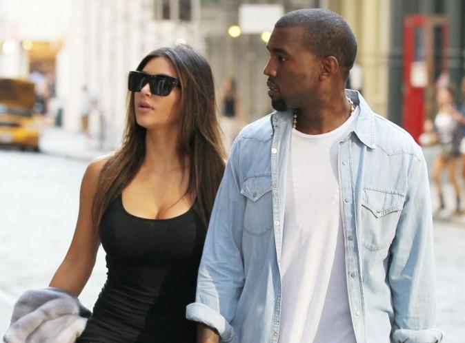 Kim Kardashian et Kanye West : moments complices et bisous passionnés pour leur escapade à Rome...