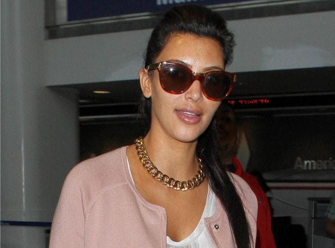 Kim Kardashian : son amour pour Kanye West, elle le porte dans son coeur mais aussi à ses oreilles !