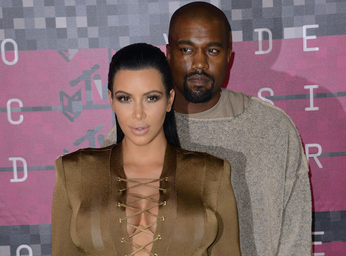 """Kim Kardashian : son fils a déjà les mêmes """"bijoux de famille"""" que Kanye West !"""