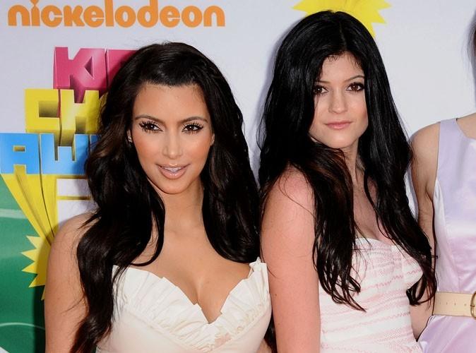 Kim Kardashian : ultra fière des débuts sur le catwalk de sa petite soeur Kylie Jenner !
